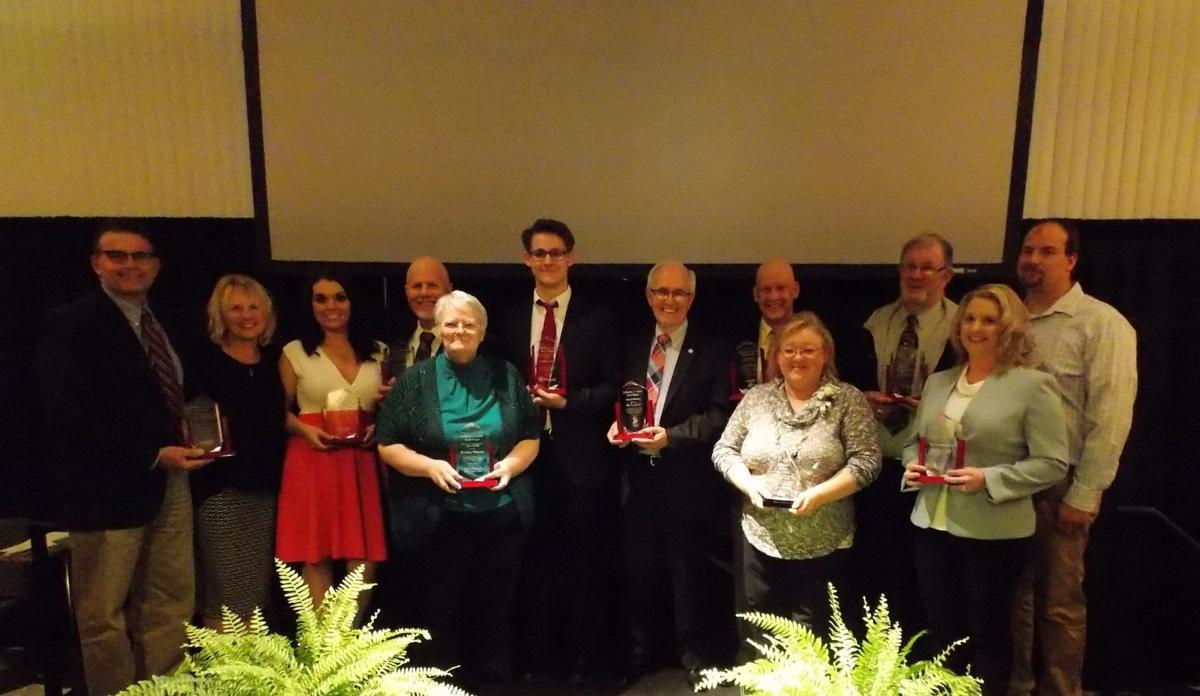 Chamber banquet celebrates community's success