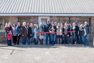 Leona's Porch Boutique Holds Ribbon Cutting