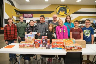 Friday Club Donates To Catpack Program