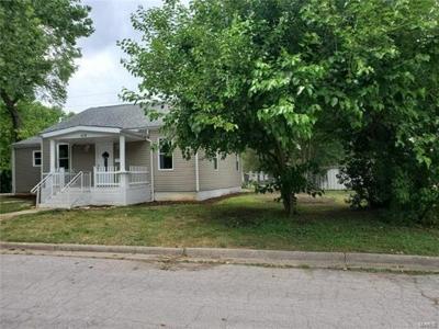 3 Bedroom Home in De Soto - $96,000