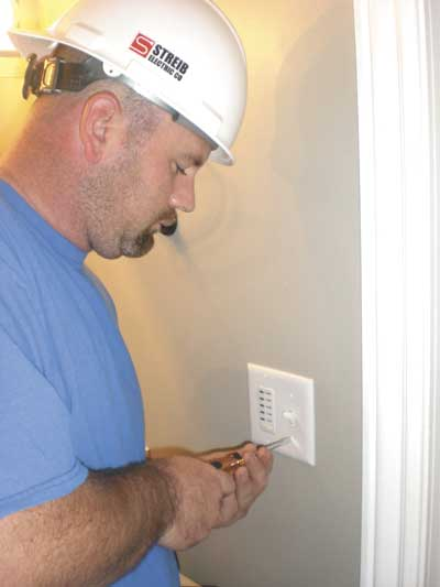 Electrician among volunteers on 'Extreme Makeover' show