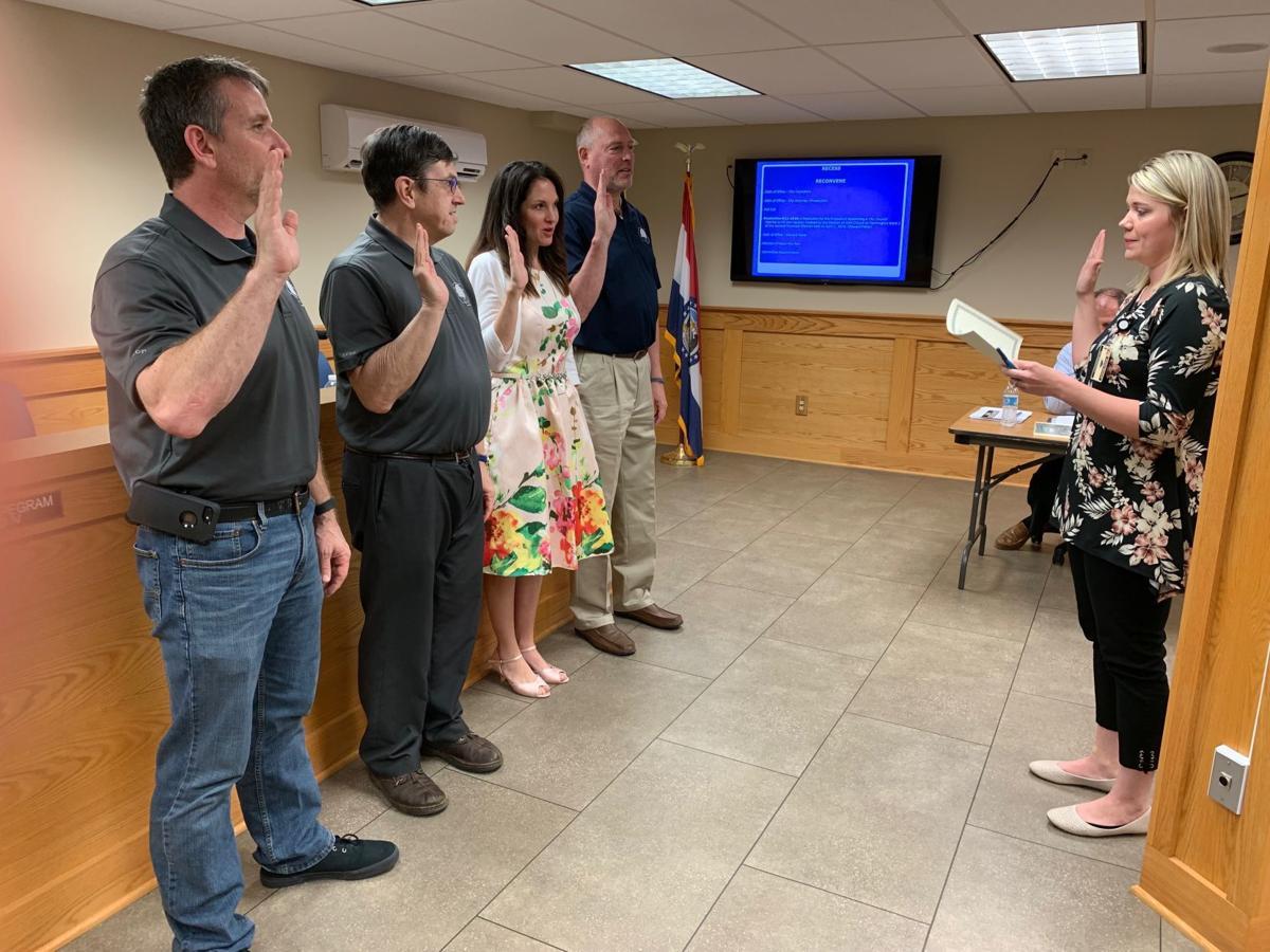 Councilmen, city prosecutor sworn in