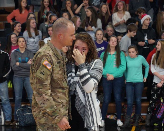 Christmas Homecoming.Sisters Surprised With Christmas Homecoming Local
