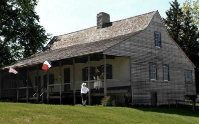 Info meeting planned at Felix Valle House in Ste. Gen