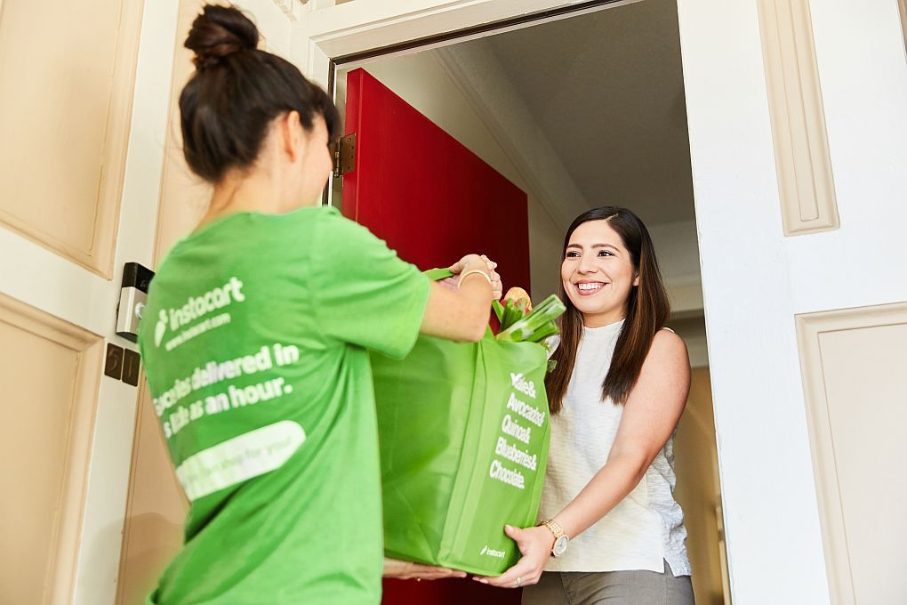 Instacart launches same-day grocery delivery service