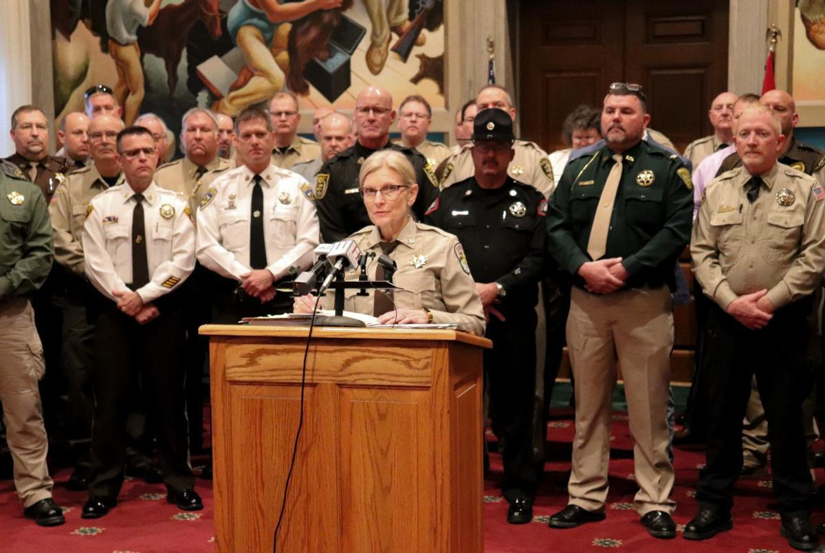 MO sheriffs band together at state capitol