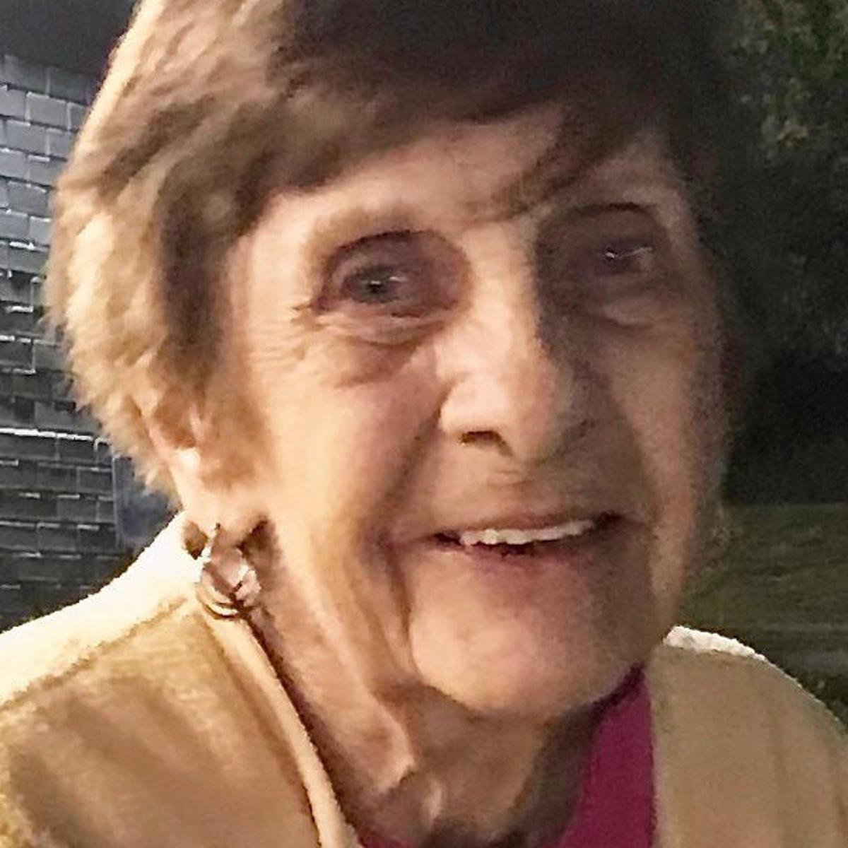 Beverly \'Bev\' Ann (Teakert) Akers   Daily Journal Obituaries ...