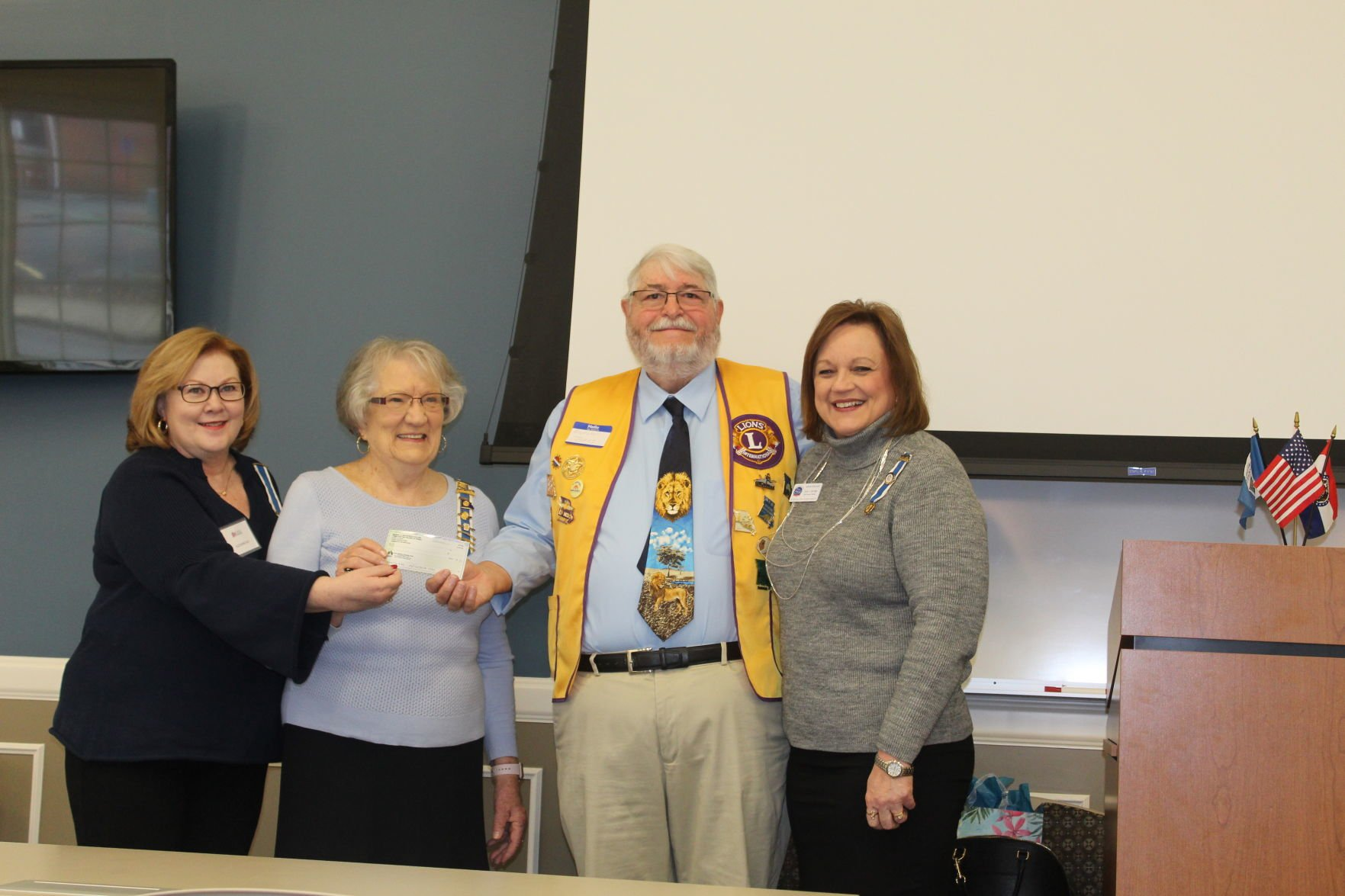 Lion's Club donates to DAR project