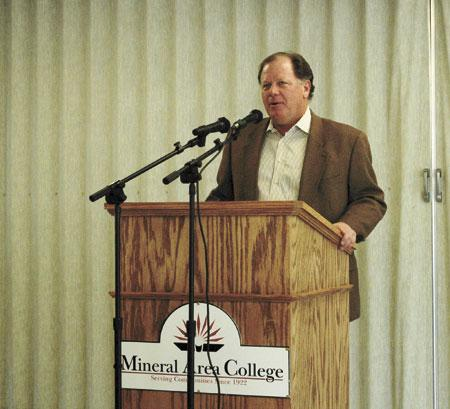 Lamping Shares New Season Hopes With Luncheon Attendees