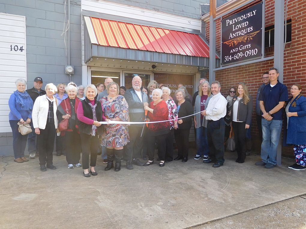 Previously Loved Antiques And Gifts Holds Ribbon Cutting