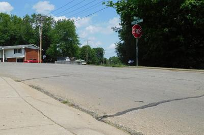 Council approves contract for sidewalk work