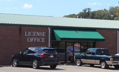 Officials discuss need for Ste. Gen license office