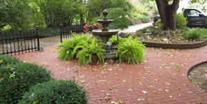 paver-patio-with-fountian-4-e1384097078906-1024x515.jpg