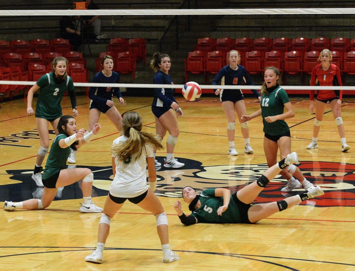 Ste. Genevieve at Central Volleyball