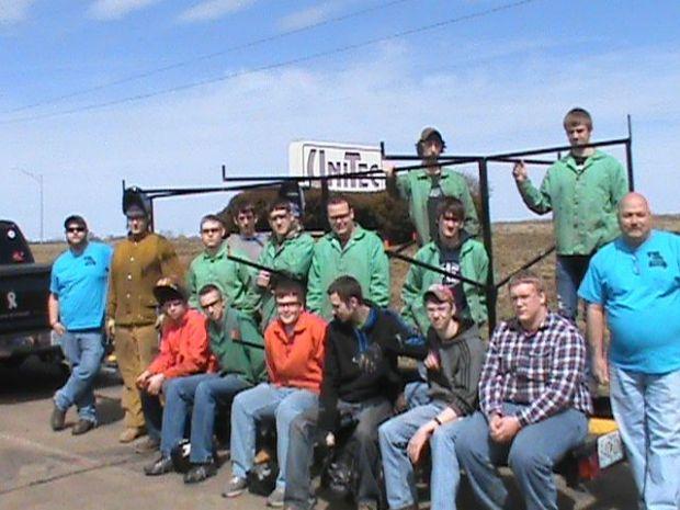UniTec students help Big River Stream Team