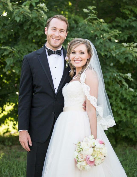 Sopko and Hinrichs wed