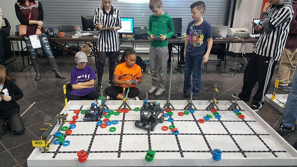 Lab:Revolution performs well at robotics challenge