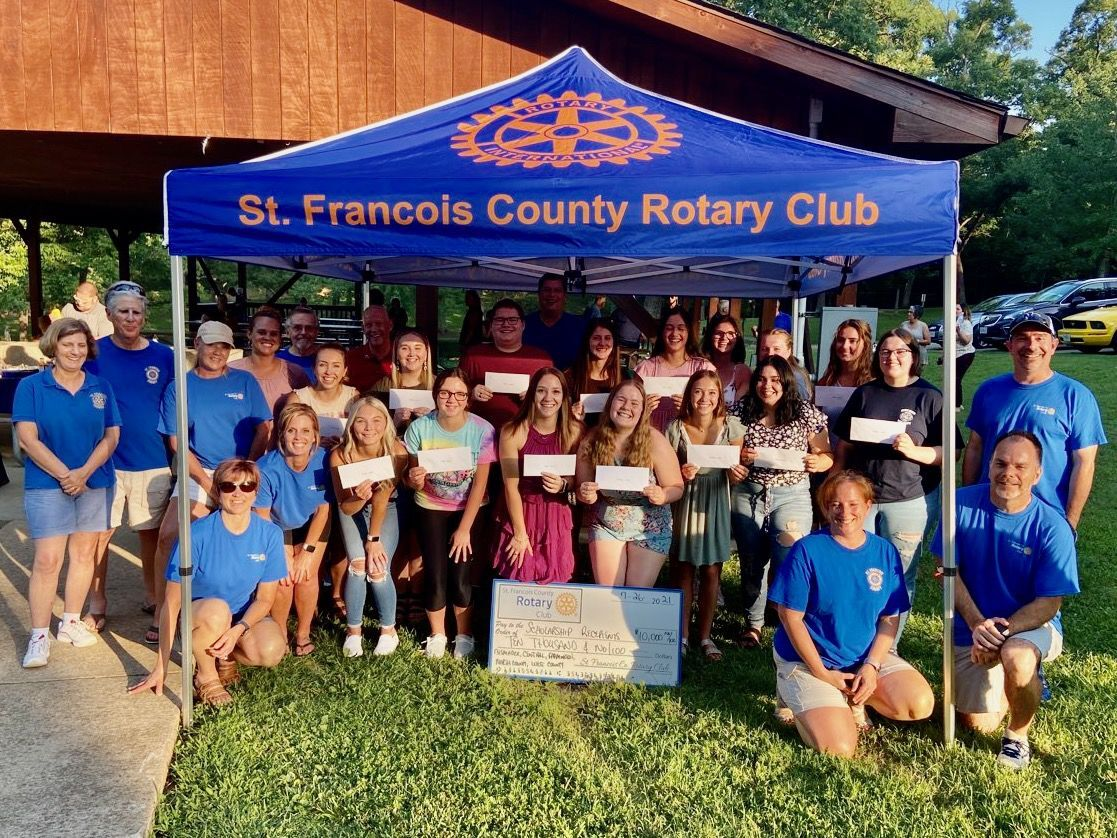SFC Rotary holds Scholarship Send-Off Picnic