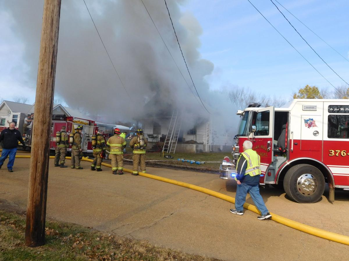 Man narrowly escapes house fire