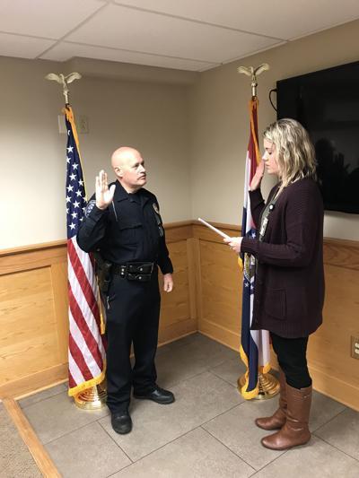Former Officer Returns to Farmington