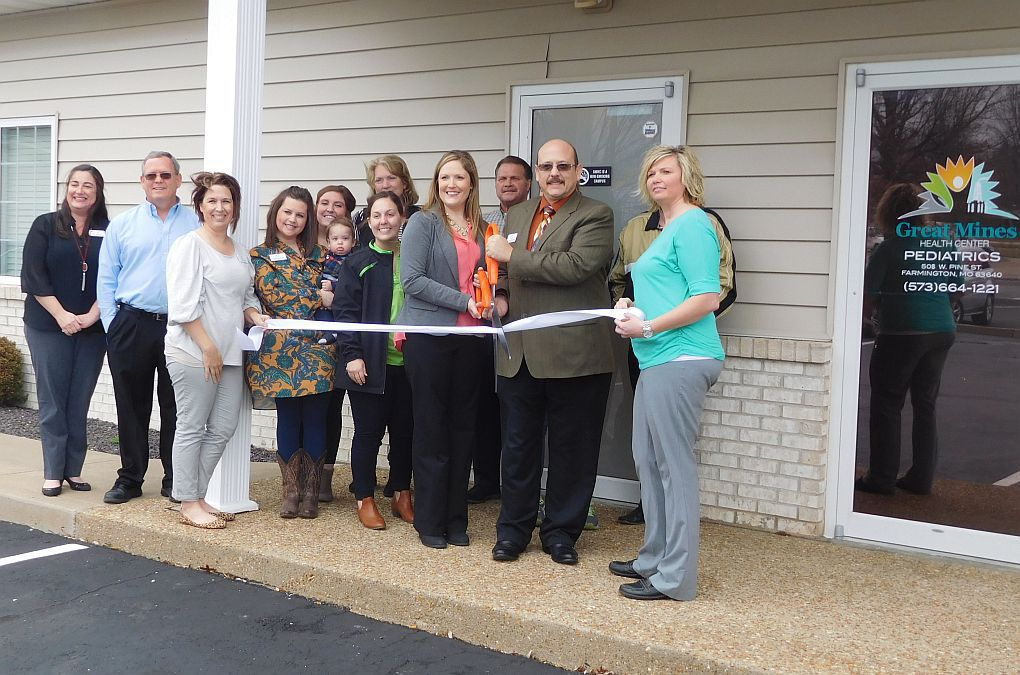 Great Mines Health Center Holds Ribbon Cutting