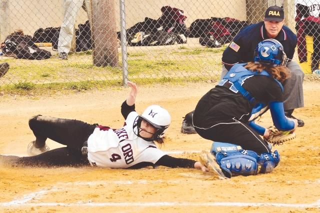 Streaking Oxford routs Whippets