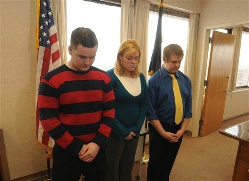 Moment of silence for victims; Gerlach makes appearance (video)