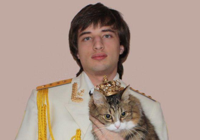 Yaroslav Mar with cat