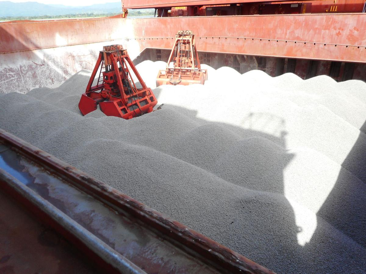 First shipment of aggregate for Bauerfield Airport works arrives