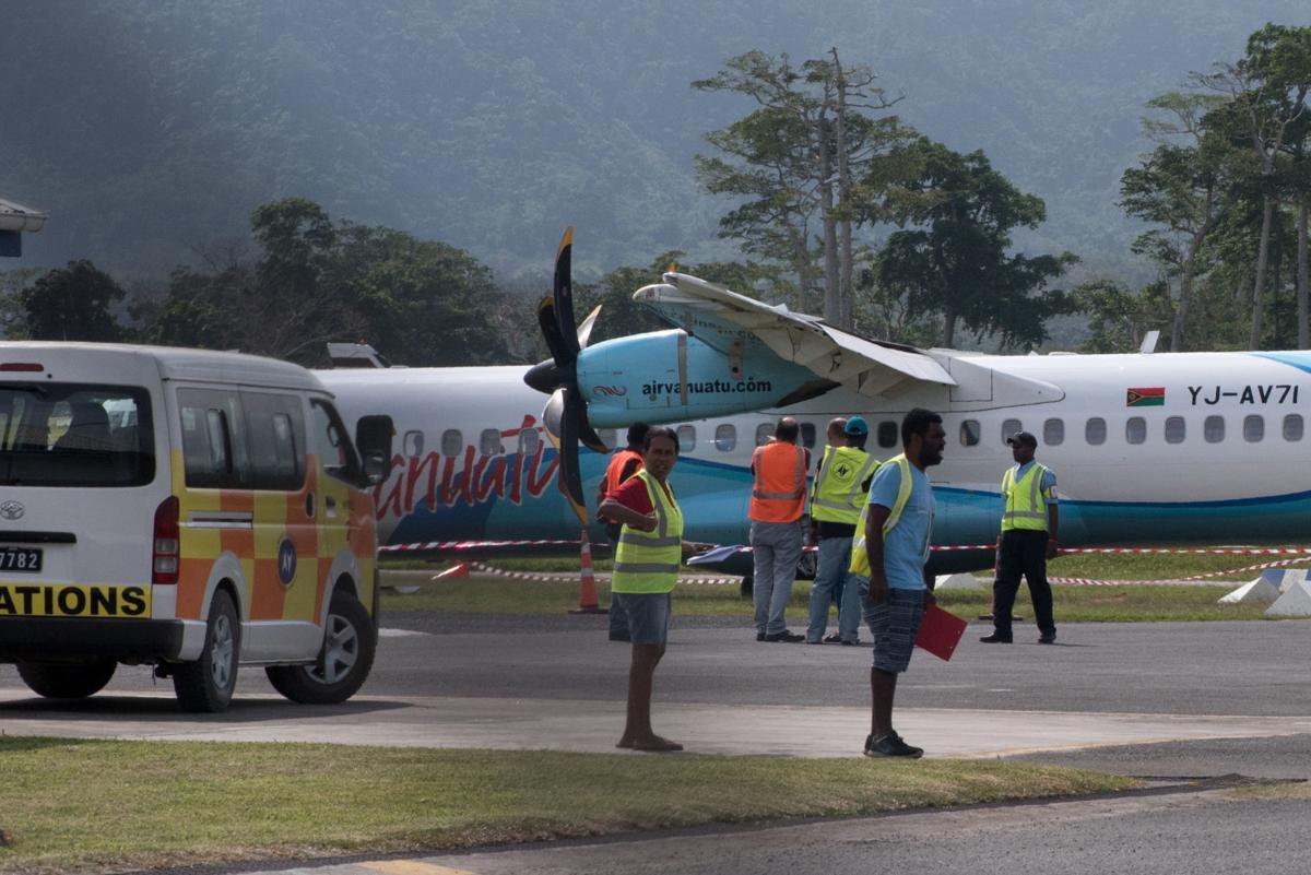 Three planes damaged in emergency landing
