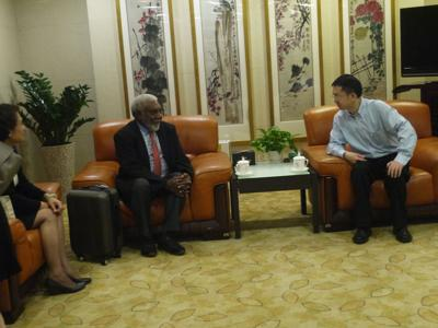 Vanuatu Government and Parliament joint delegations arrives in Guangzhou
