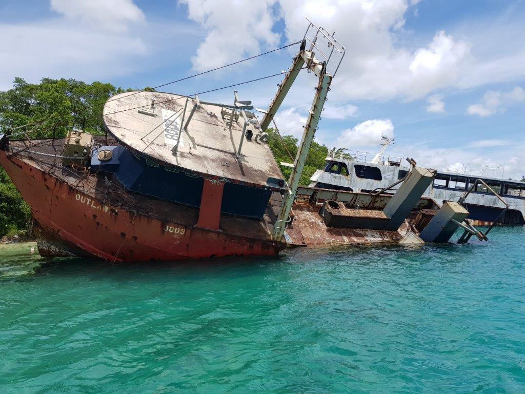 Maritime Regulator's plan to clear wrecks from Port Vila harbor