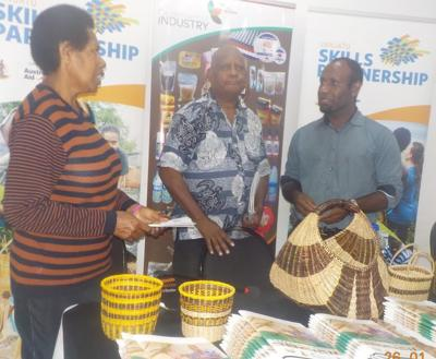 Linking handicraft to tourism sector