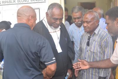 反对党领袖呼吁总理辞职