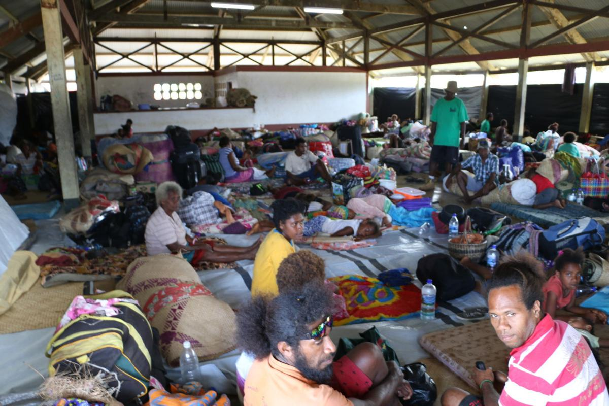 Crowded conditions in Luganville evac centres