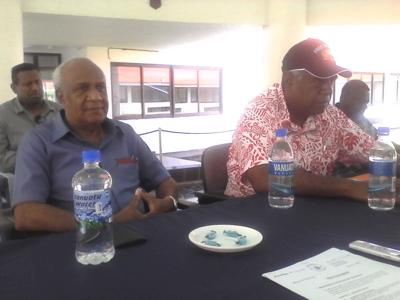 Opposition Leader MP Ishmael Kalsakau (r) and Deputy Opposition Leader MP Kilman (l)