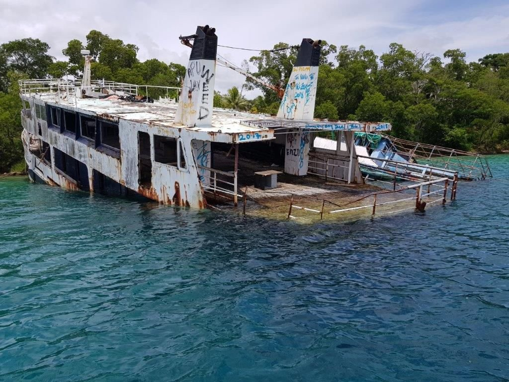 Maritime Regulator's plan to clear wrecks from Port Vila harbor