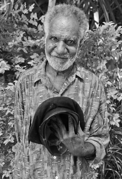 Kalanga Sawia: Former French Resident Driver