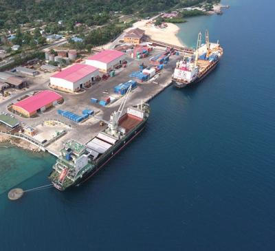 """Vanuatu's Luganville wharf """"geopolitically risky"""" - Report"""