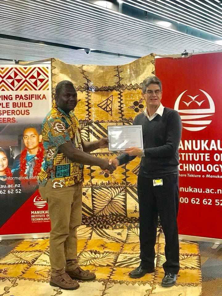 Two Ni-Van recipients of NZ Pacific Scholarship Awards