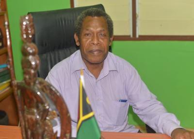 瓦努阿图酋长反对用于医疗或其他目的商业种植大麻