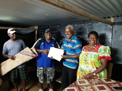 Leaders Party supports Tokosauwia String Band