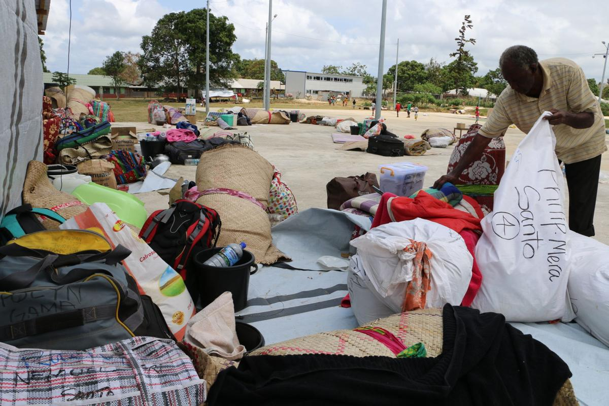 Crowded conditions in Santo evac centres