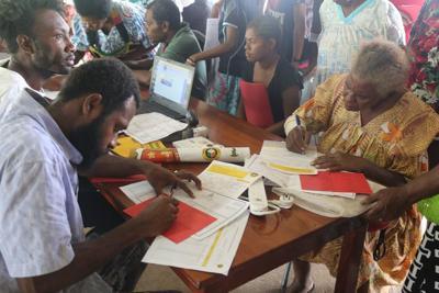 卢甘维尔市政选举确认在9月进行
