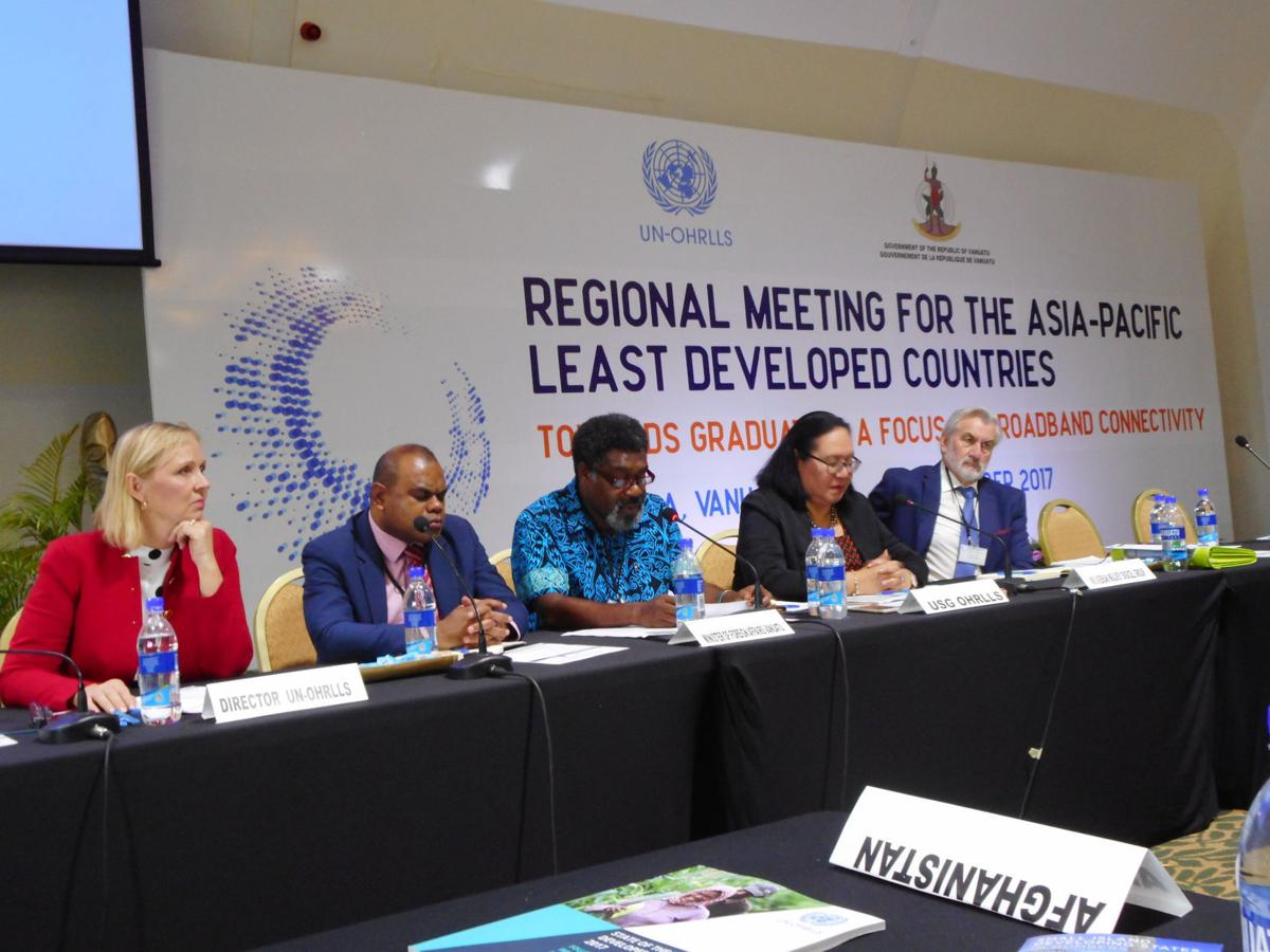 Minister Leingkone appeals for cooperation among regional LDCs to achieve shared goals in broadband connectivity