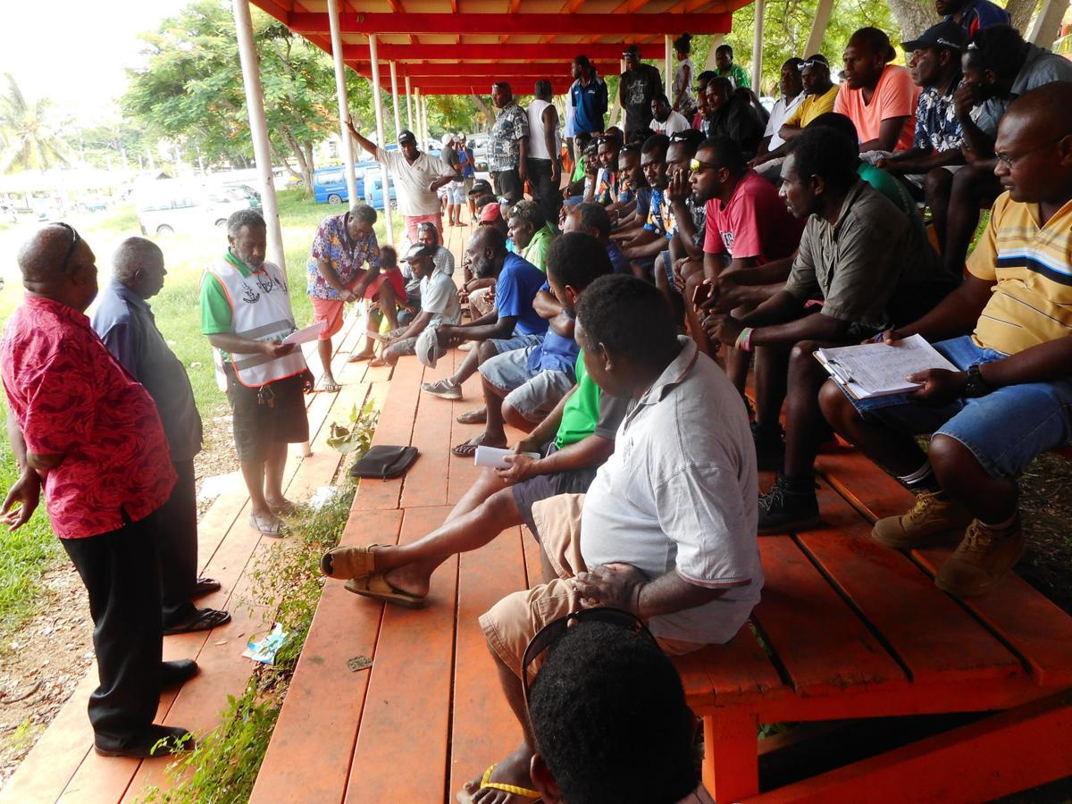 Public transport drivers want fair access to Port Vila wharf on cruise ship days