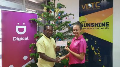 Digicel major sponsor of Christmas in the Park