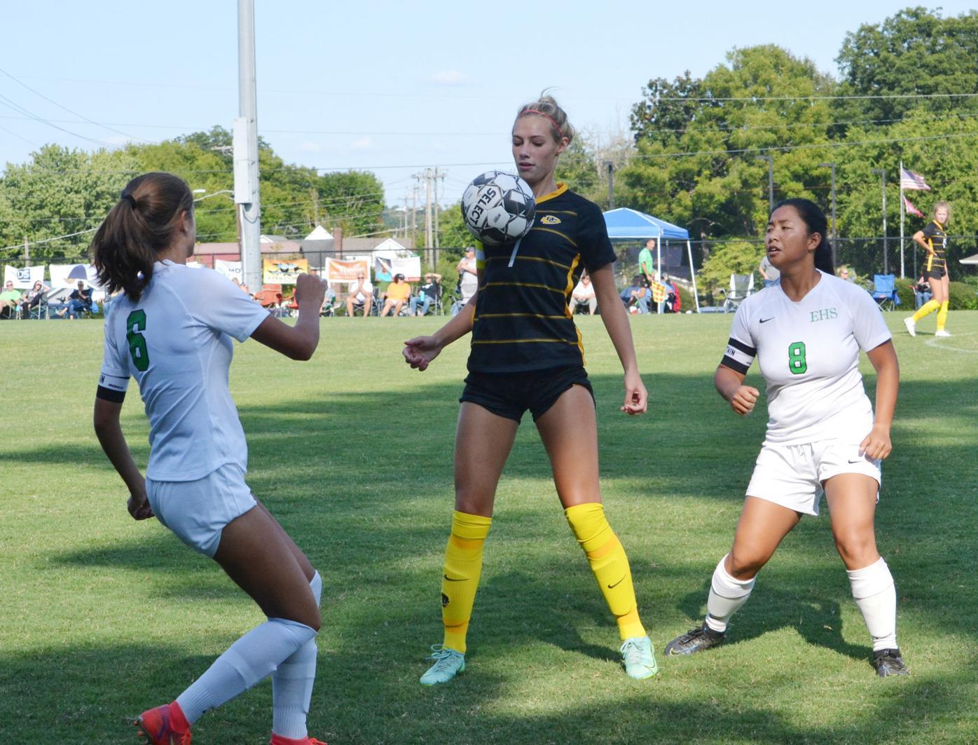 SECONDARY – McMinn's Addie Smith vs. East Hamilton