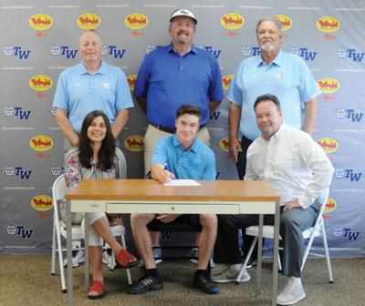 Central's John Houk signs with TWU
