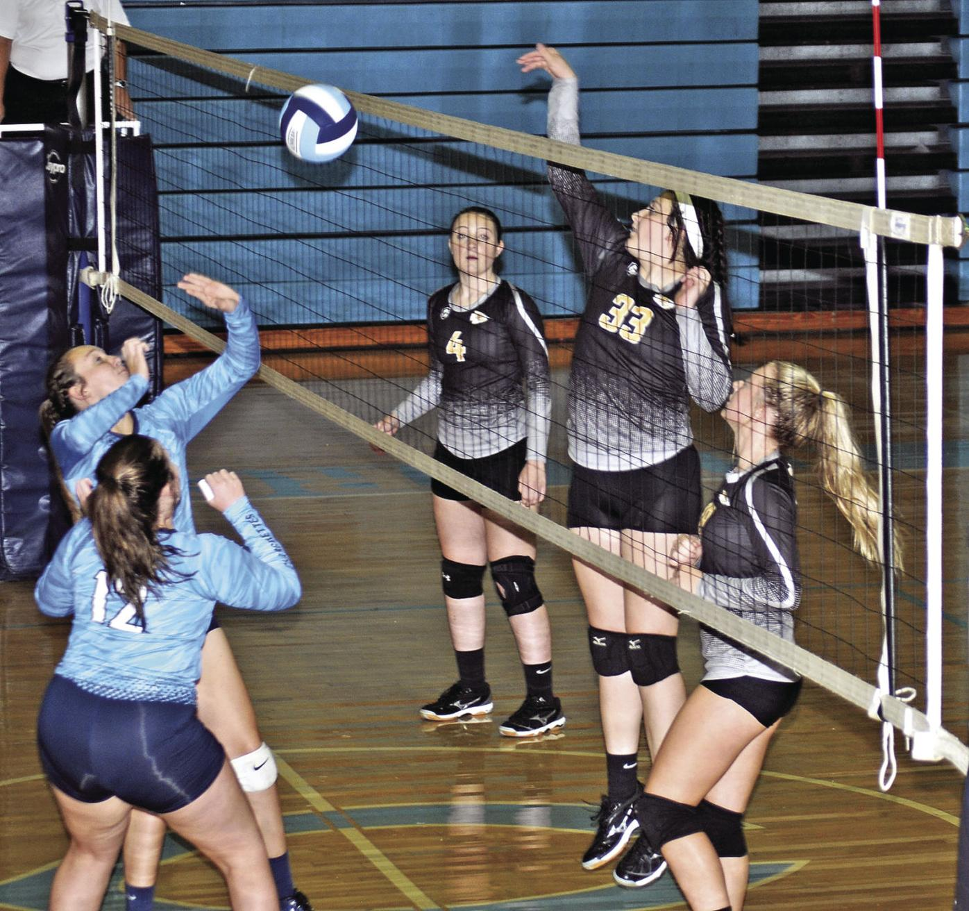 Lady Tribe Cruises Over Central Sweeps Volleyball Rivalry Series Sports Dailypostathenian Com